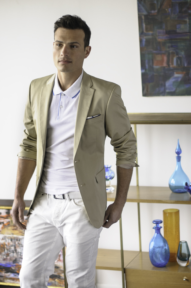 What to wear spring and summer 2015 men of value for Sport coat with t shirt