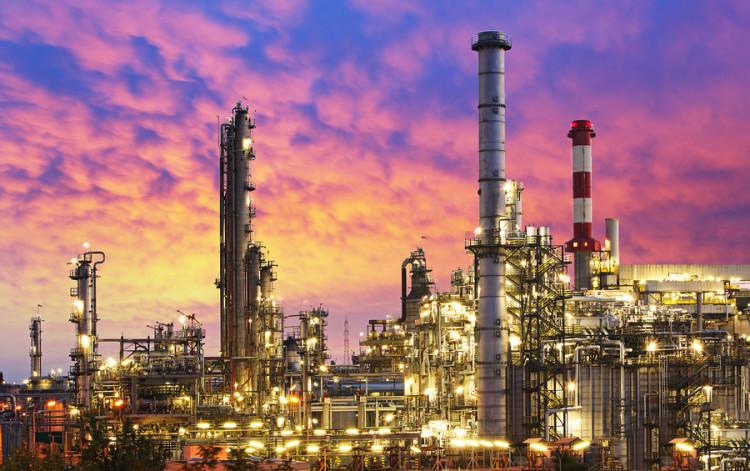 bigstock-Oil-Industry-refinery-factor-84373907
