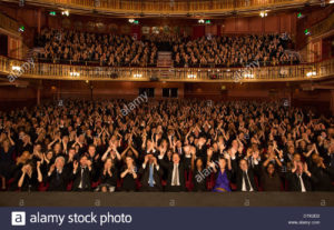 audience-applauding-in-theater-DTK2D2